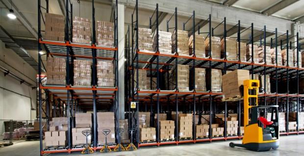 Forklift-Warehouse